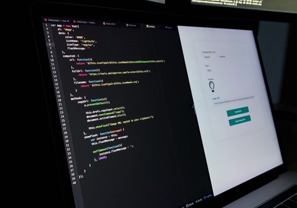Featured image for « Today, I used Vue.js in a project for the first time! ⚡️ »